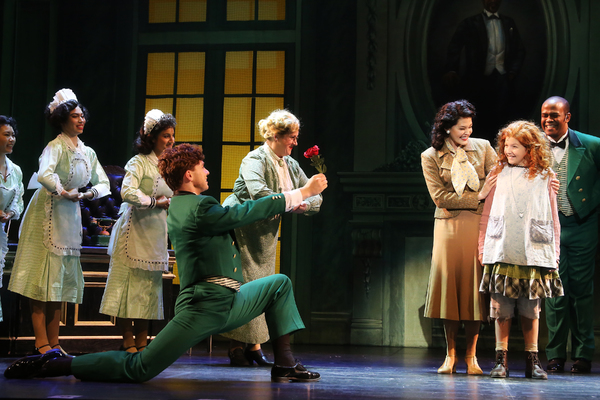 Photo/Video: Get A First Look at Karen Ziemba In ANNIE At NC Theatre