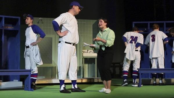 Photo Flash: Ellen Theatre Stages DAMN YANKEES