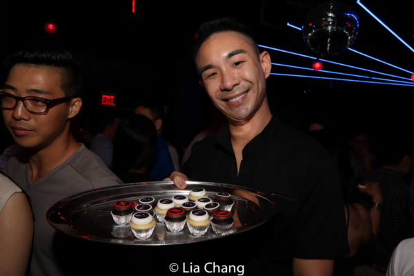 Roger Yeh and his custom made YehCakes Photo