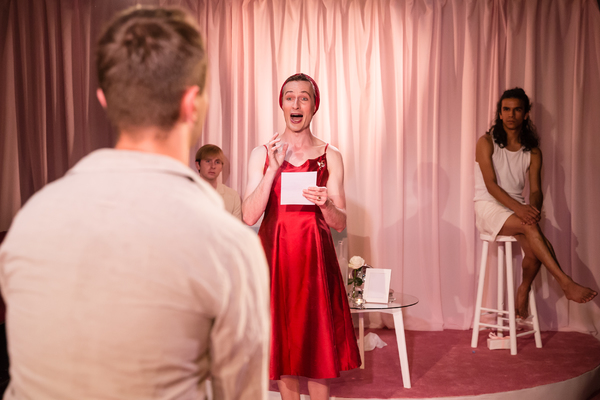 Photo Flash: First Look at SOUTHERN BELLES at King's Head Theatre