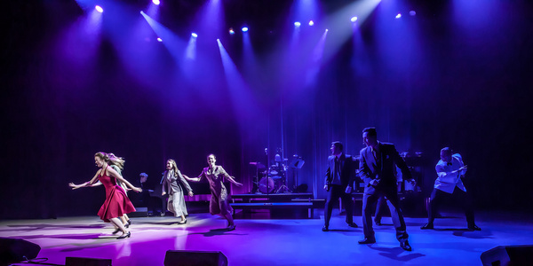 Company of COULD I HAVE THIS DANCE? - A new musical featuring the hits of Anne Murray Photo