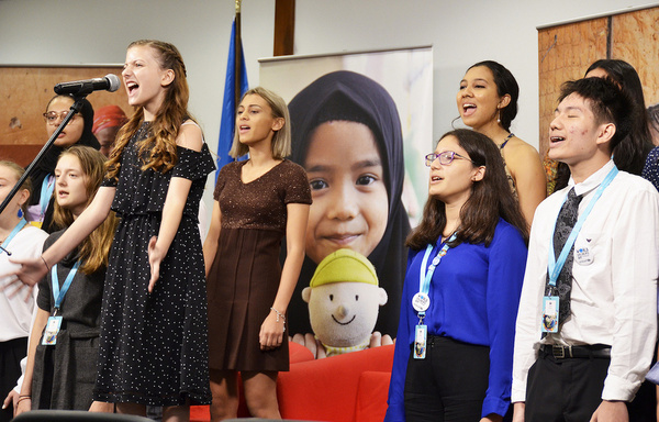 Sing for Hope Youth Artist Kaylin Hedges (credits include ?Annie? at the Hollywood Bowl) sings ?Dream Big, Speak Loud? with student choristers from Nord Anglia schools