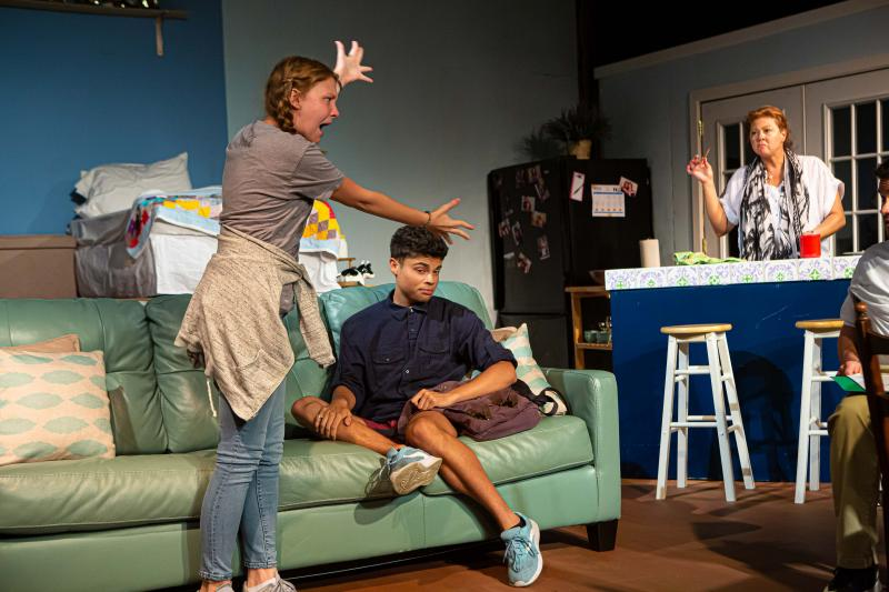 BWW Review: YELLOW is an Emotional Casserole Worth Going Back For Seconds at THEATRE DOWNTOWN