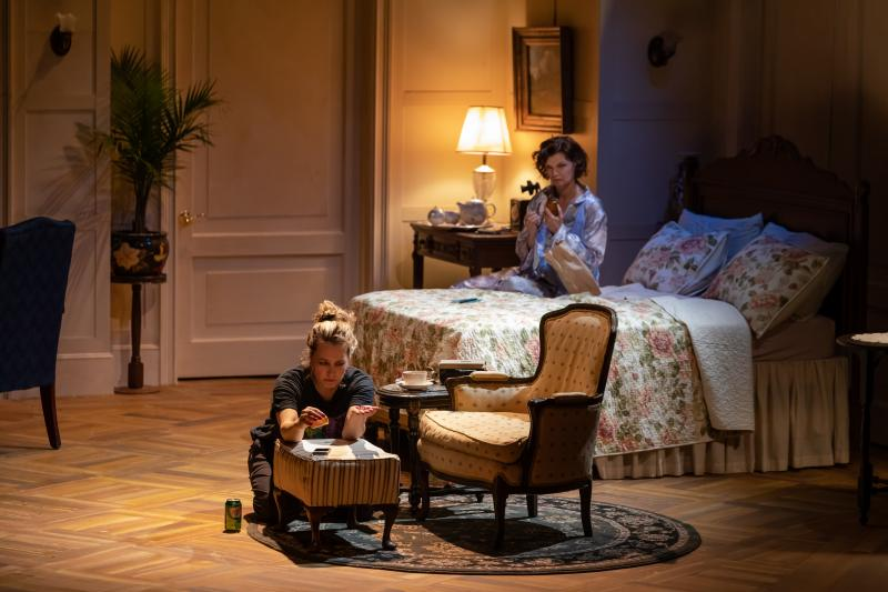 BWW Review: MRS. CHRISTIE at Dorset Theatre Festival Brilliantly Tackles Old Things in New Ways