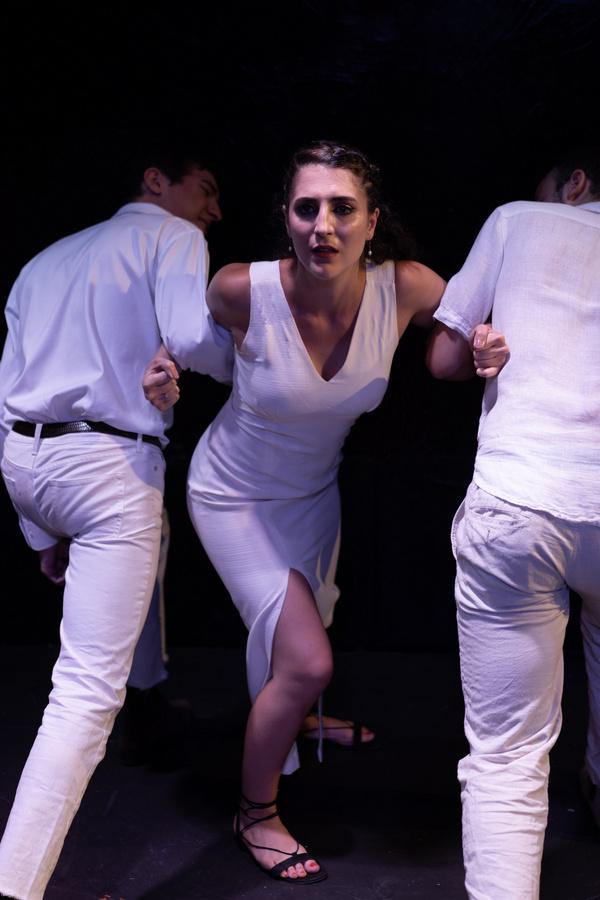 Photos: First Look At SUENODE UNA NOCHE DE VERANO At The Kraine Theater