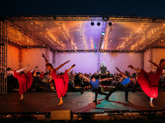 BWW Review:  DANCE IN AMERICA - A MUSICAL AND DANCE TRIBUTE TO AMERICAN COMPOSERS - MARINA CONCERT at Burton Chase Park