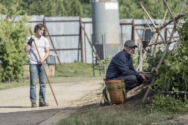 Jeffrey Dean Morgan as Negan, Blaine Kern III as Brandon - The Walking Dead  Photo