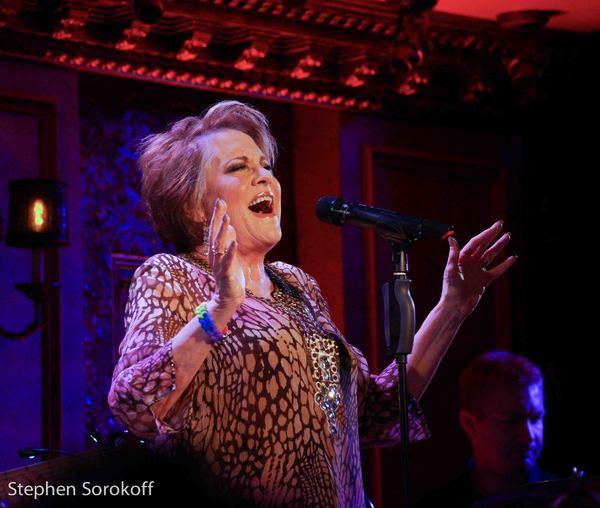 BWW Review: Barry Manilow, Michael Feinstein, Marilyn Maye Attend Lorna Luft's Opening at Feinstein's/54 Below