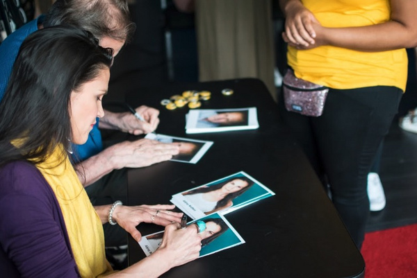 Broadway Star Alena Watters (THE CHER SHOW) and Stephen Bradbury (HARRY POTTER On Broadway) for a autograph session and Q&A at Actors Connection Performing Arts Camp.