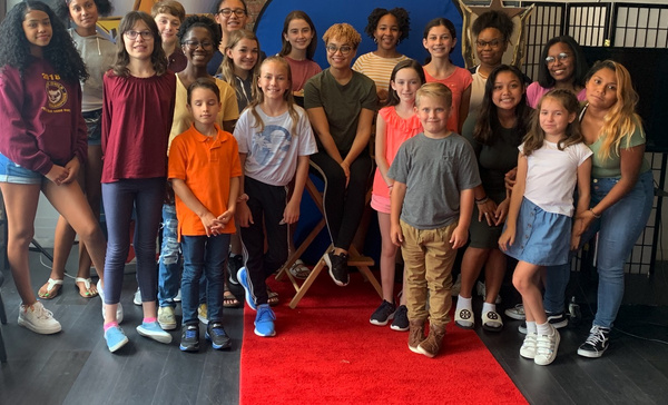 Broadway Star Kim Exum returned to chat about the biz and taught the young performers a dance combination. Don?t miss the photos below from this exciting master class!