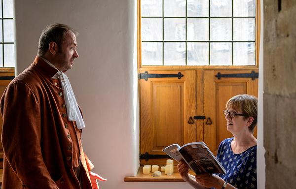 Photo Flash: Helen Wood Visits Gladstone's Land