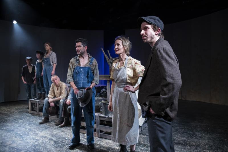BWW REVIEW: American Classic THE GRAPES OF WRATH Serves As A Reminder Of The Human Spirit And The Inhumanity Of Government And Big Business