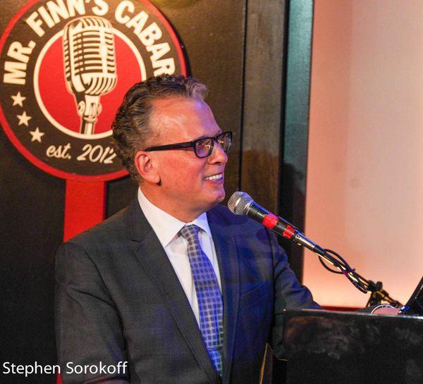 BWW Review: Billy Stritch Plays Mr. Finn's Cabaret
