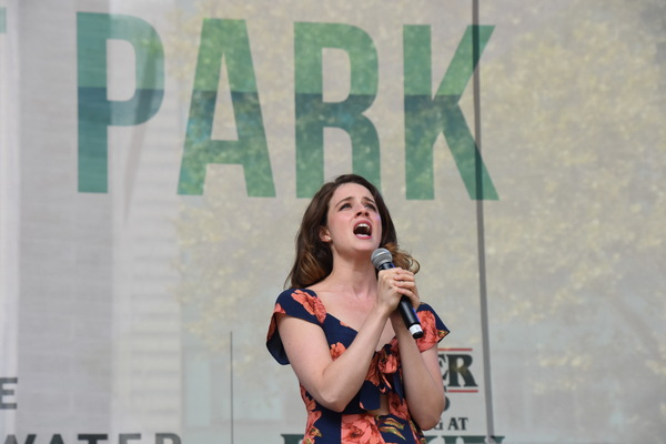 Photo Coverage: Casts of TOOTSIE, MEAN GIRLS and More Sing Out in Bryant Park!