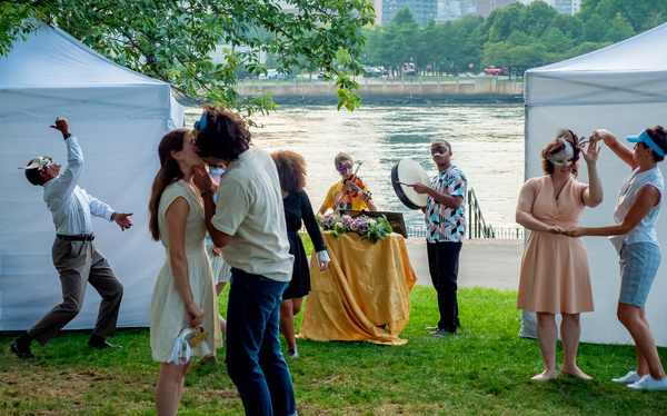 Photo Flash: Rude Grooms's ROMEO AND JULIET Opens Tonight In Astoria Park