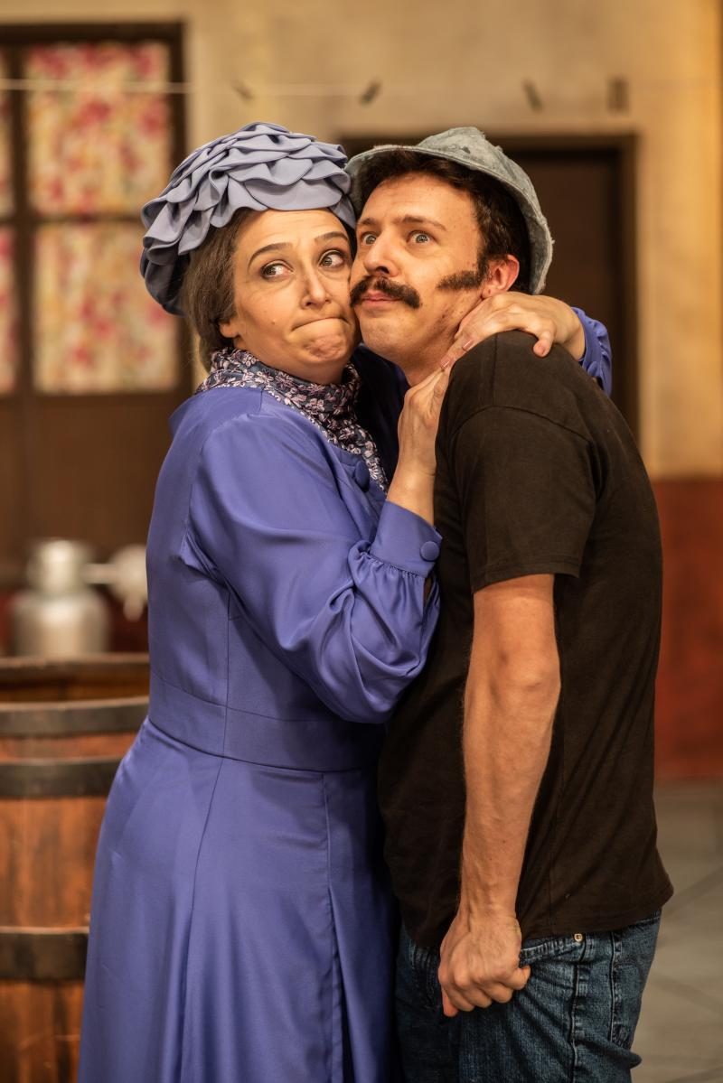 BWW Review: Dealing with Affective Memory and with an Unpublished Libretto CHAVES - UM TRIBUTO MUSICAL  (El Chavo - A Musical Tribute) Opens This Week in Sao Paulo