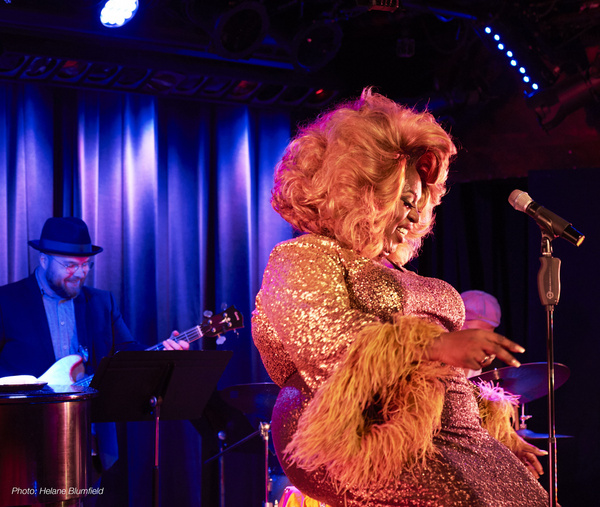 Photo Flash: Latrice Royale Returns To The Laurie Beechman Theatre