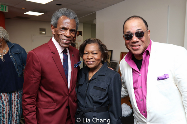Photo Flash: Andre De Shields Receives Key To The City Of Baltimore