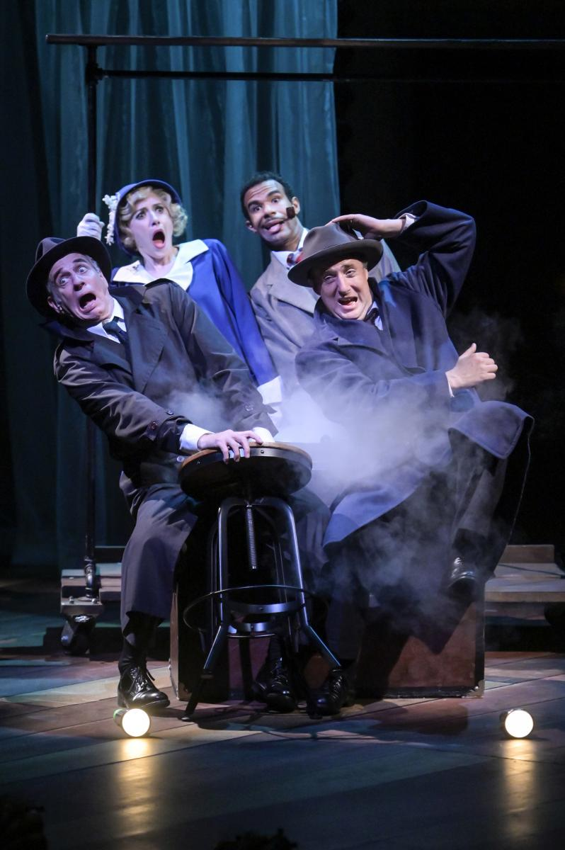 BWW Interview: Director Leslie Martinson of THE 39 STEPS at TheatreWorks Finds the Comedic Rhythms in a 'Nutball Farce' and Shares Her Insights as a Casting Director