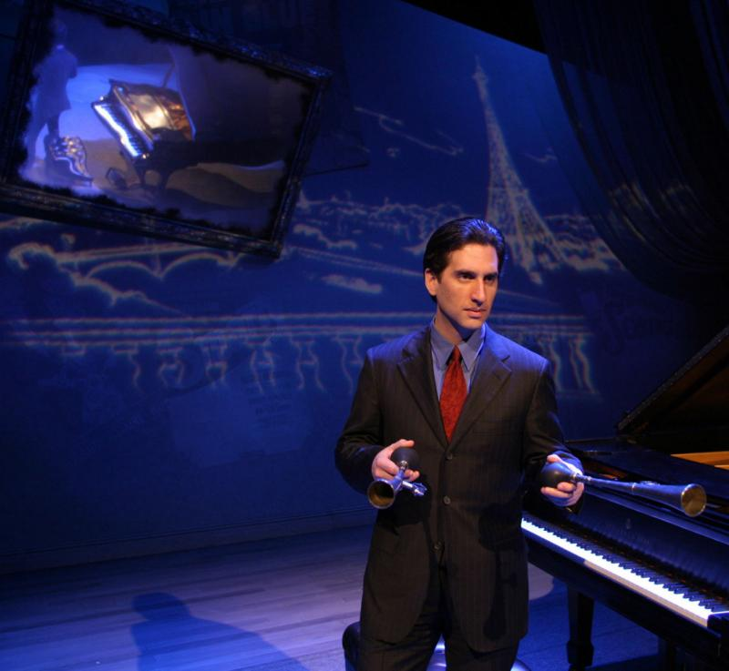 BWW Review: HERSHEY FELDER AS GEORGE GERSHWIN ALONE at Berkshire Theatre Group is S'wonderful, S'Marvelous, and Magnificent.