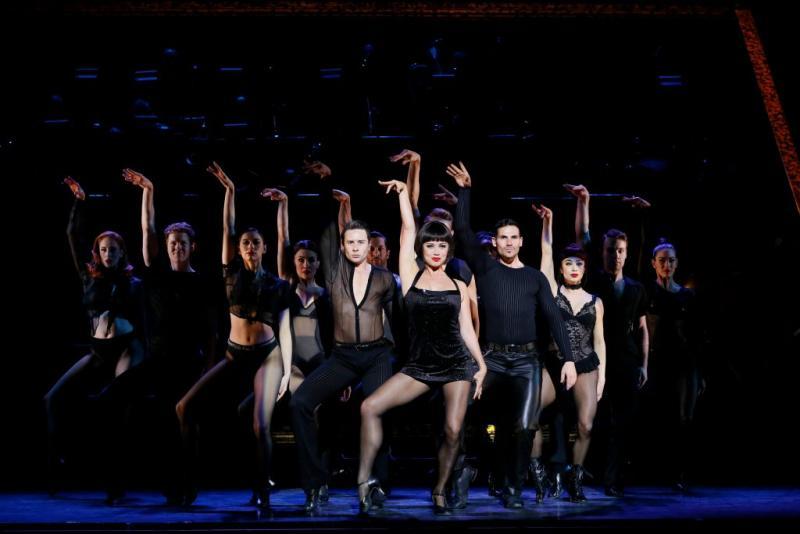 BWW REVIEW: Broadway's Longest Running Musical Revival