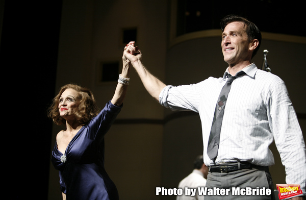 "Curtain Call for ""LOOPED"" starring Valerie Harper as Tallulah Bankhead at the Arena S Photo"