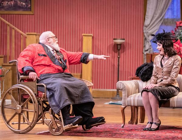 Edward Fernandez as Sheridan Whiteside and Lynne DeMers-Hunt as Lorraine Sheldon. Photo