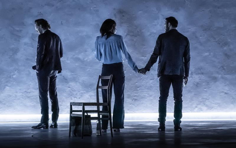 BWW Review: Director Jamie Lloyd's Subtle Way With Harold Pinter's BETRAYAL Makes For Riveting Storytelling