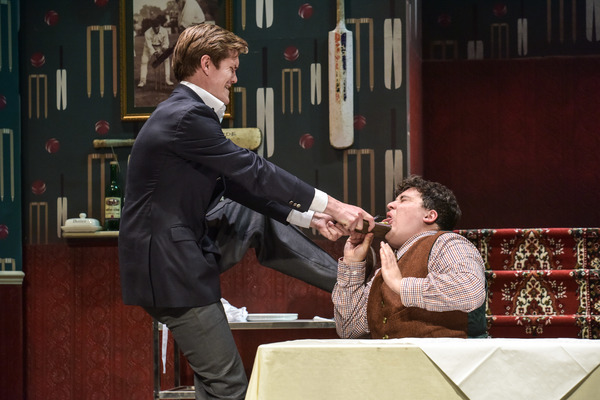 Photo Flash: First Look at ONE MAN, TWO GUVNORS at Derby Theatre