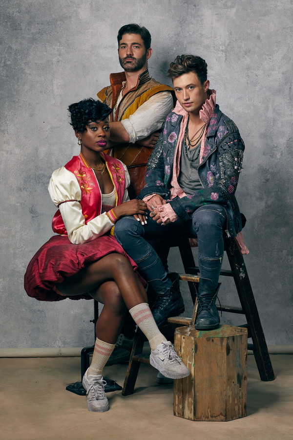 Photo Flash: Meet The Cast Of & JULIET On The West End