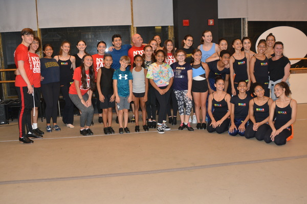 Erich Schutt, Alex Drier, Isabel Wilson, Bella Retter, Julian DeLoeon, Arielle Gieg, Nick Valle, William Colin, Thommie Retter, Gianna Paolantonio, Isabelly Reis, Emily Yi, Julia Lipsztein, Cordelia Comando, Taylor Baribell and Jack Richman with Members of Ballet Paraisopolis -Geise da Rocha, Anna Carolina Monteiro, Sofia Tarrago, Luis Lima Diaz, Maria de Oliveira Sousa, Yasmin Araujo, Ana Carolina Manteiro, Marina Sousa, Yasmin Sousa, David Rocha Santos, Kemilly Rodrigues de Silva and Isabella de Sousa