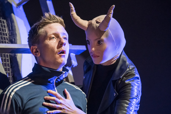 Photo Flash: First Look at Sheffield Theatres' and English Touring Theatre's REASONS TO STAY ALIVE