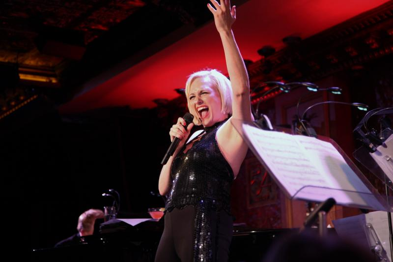 BWW Review: Haley Swindal Stuns in SING HAPPY: THE SONGS OF LIZA MINNELLI at 54 Below