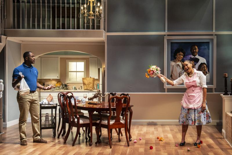 BWW Review: FAIRVIEW at Woolly Mammoth Theatre Company
