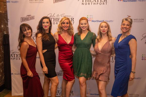Caitlin Hornik, Brianna Barnes, Judy McLane, Sarah Quinn Taylor, Emma Gassett and Patricia Lawrence