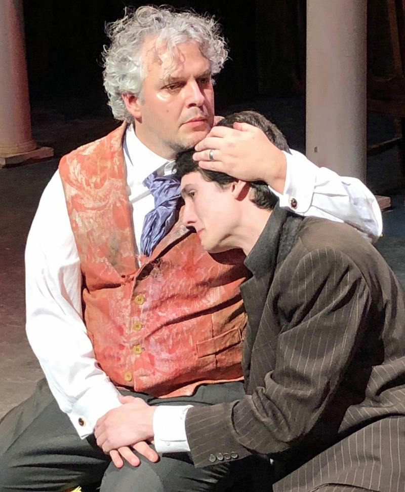 BWW Review: GROSS INDECENCY - THE THREE TRIALS OF OSCAR WILDE at Metropolitan Ensemble Theatre