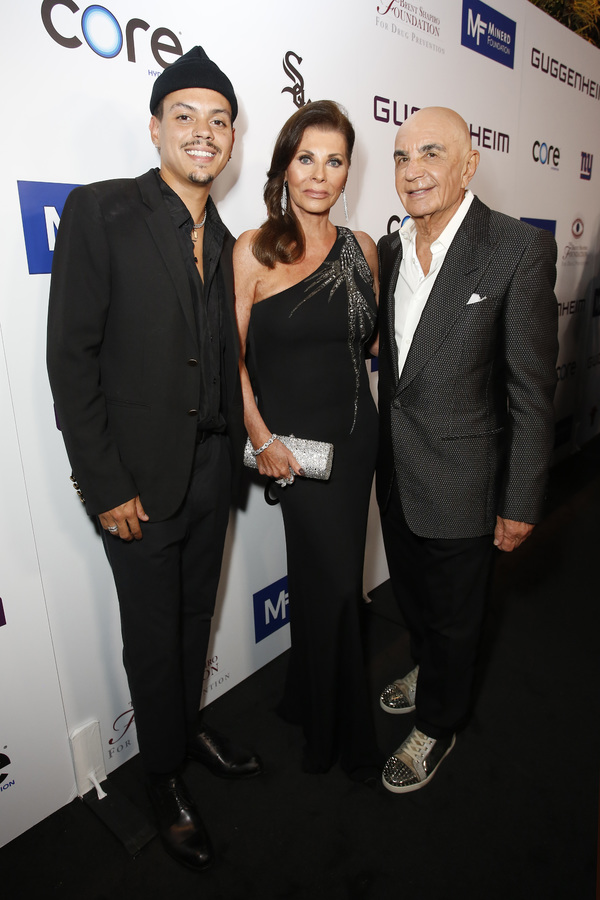 Evan Ross, Linell Shapiro and  Robert Shapiro Photo
