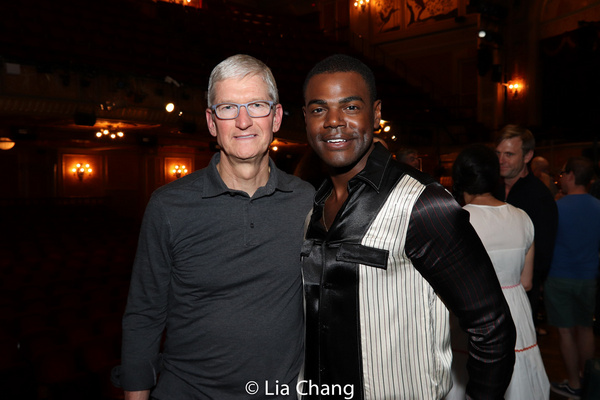 Apple''s CEO Tim Cook and Ahmad Simmons Photo