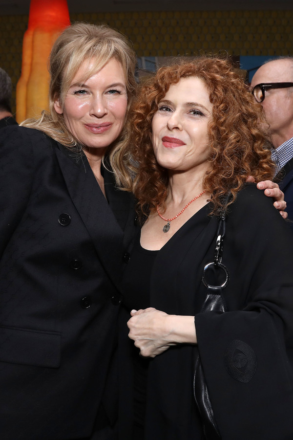 Renée Zellweger, Bernadette Peters Photo
