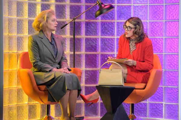 Rosie Hallett, Julia McNeal Photo