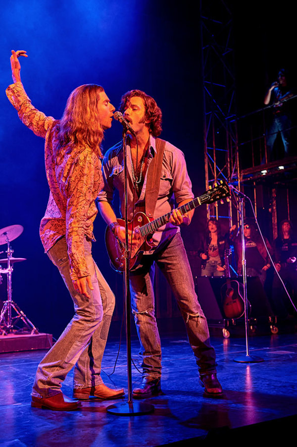 Photo Flash: Get A First Look At ALMOST FAMOUS At The Old Globe