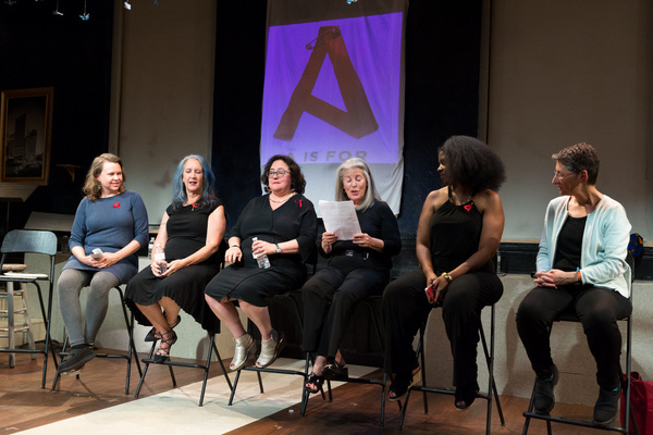 Panel discussion with Lanie Zipoy, Sunny Chapman, Paula Kamen, Jackie, Pascale Bernar Photo
