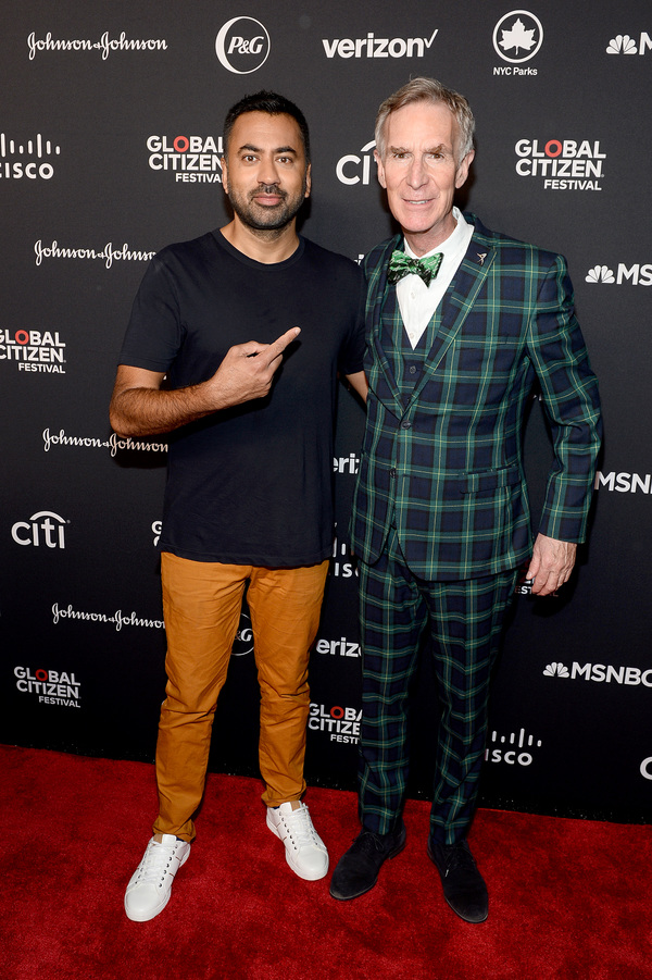 Kal Penn and Bill Nye Photo
