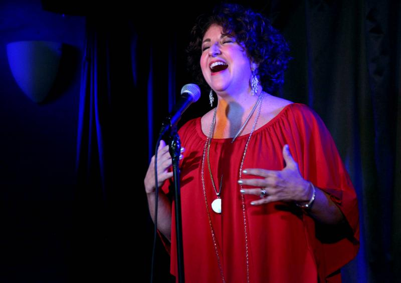 BWW Review: Lisa Viggiano Sparkles in FROM LADY DAY TO THE BOSS at Pangea