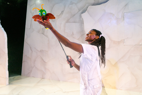"""Leslie Ann Sheppard with �""""The Very Lonely Firefly,"""" one of four Eric Carle stories included in The Very Hungry Caterpillar Show, Chicago Children's Theatre's 2019-20 season opener. Tickets and information: chicagochildrenstheatre.org or (312) 374-8835. Photo by Ari Craven"""