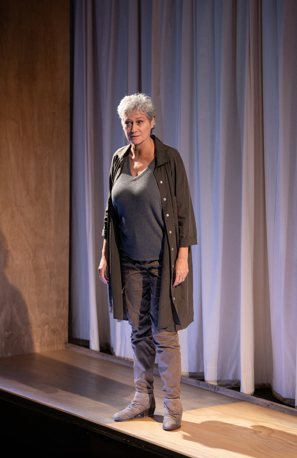 Photo Flash: First Look at Signature's ESCAPED ALONE