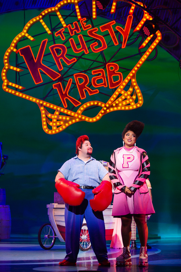 Zach Kononov as Eugene Krabs and Méami Maszewski as Pearl Krabs in The SpongeBob Musical