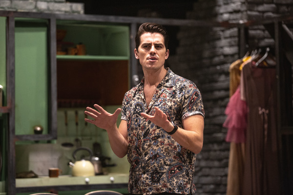 Photo Flash: Inside Rehearsal for the UK Premiere of HIGH FIDELITY