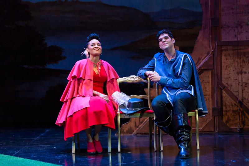 BWW Review: CYRANO at Two River Theater is a Brilliant Adaptation of the Classic French Tale