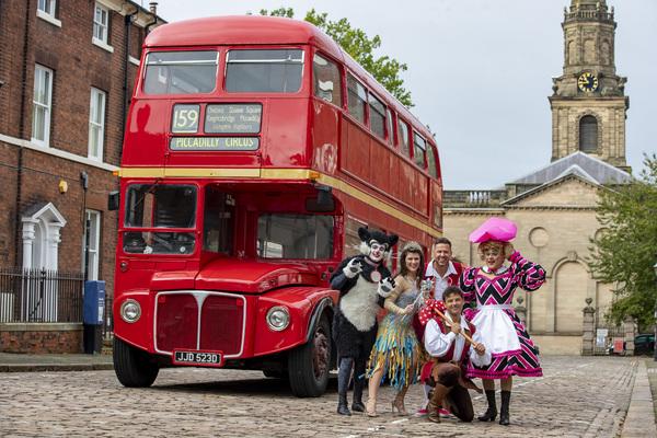 Photos: Wolverhampton's DICK WHITTINGTON Stars Arrive In Town On London Red Bus